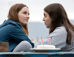 Amy (Kaitlyn Dever) and Molly (Beanie Feldstein)