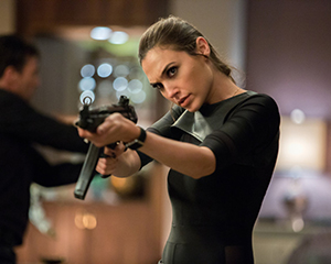 Mrs. Jones (Gal Gadot)