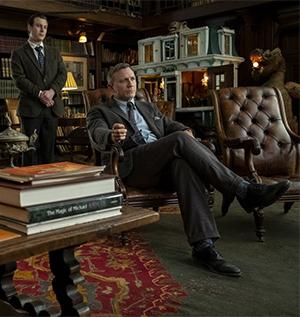 Benoit Blanc (Daniel Craig) is on the job