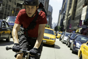 Joseph Gordon-Levitt is a courier in a rush