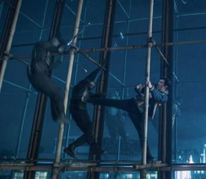 Martial arts on scaffolding