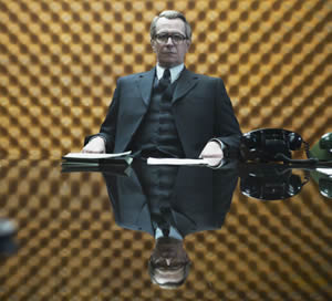 Gary Oldman is George Smiley