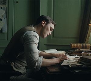 J.R.R. Tolkien (Nicholas Hoult)