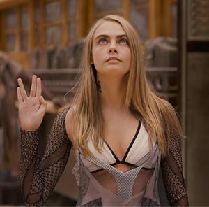 Laureline (Cara Delevingne)