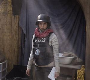 Kim Barker (Tina Fey)